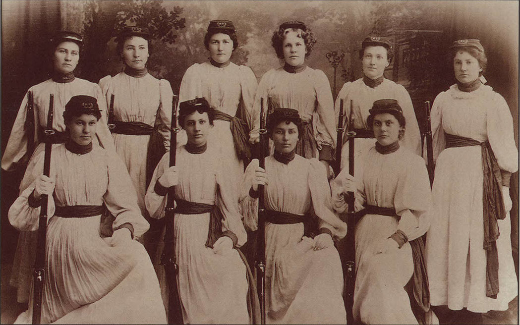 Idaho women's rifle team