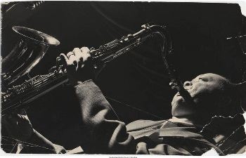 image of Lester Young playing the saxophone