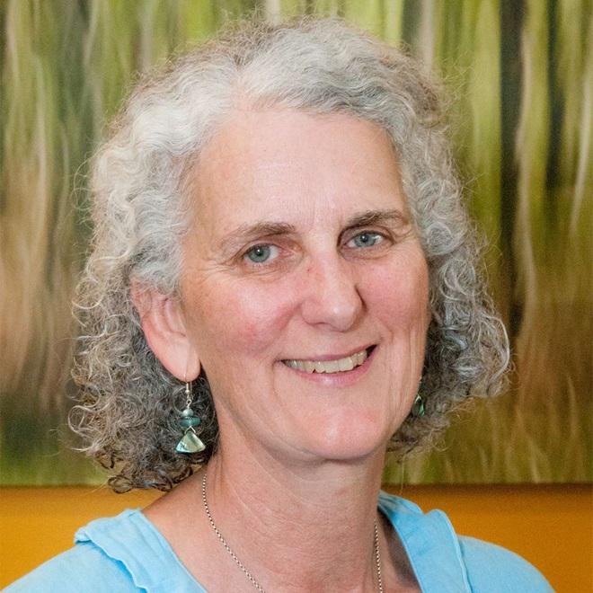 Helen Brown headshot